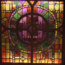 korsfönster i kapellet